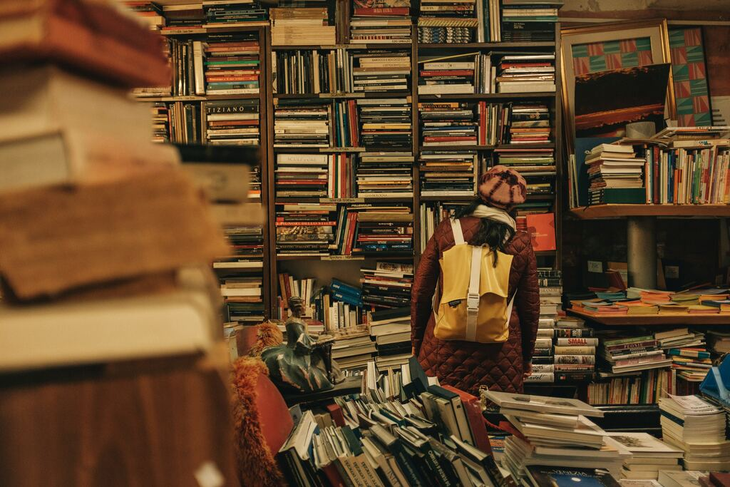zagovorit na ivrite IVRIKARU Photo by Darwin Vegher on Unsplash