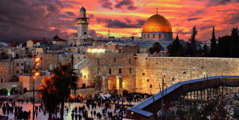 Как переводится Шалом Алейхем с иврита и что означает